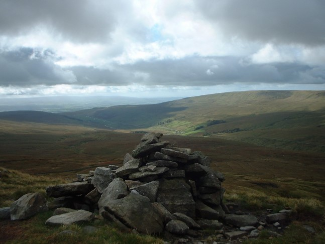 Kingsdale and Gragareth from Whernside