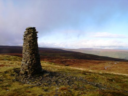 A beacon on Oxnop Common high above Swaledale