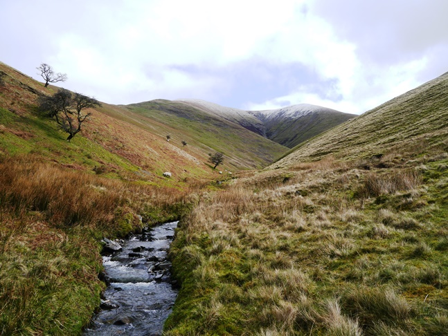 Looking up Bram Rigg Beck to Calders