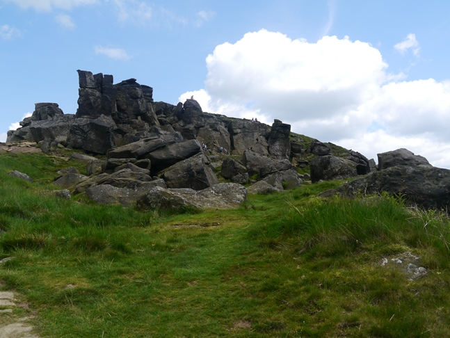 Approaching the Wain Stones
