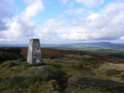 South Pennines | Walks | Boulsworth Hill